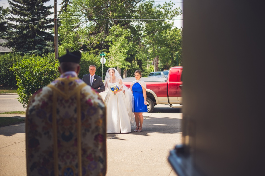 st anthony's parish calgary latin wedding photographer bride with dad and maid of honor
