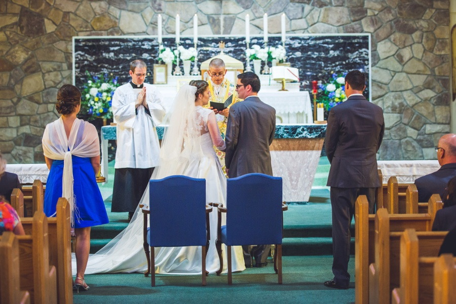st anthony's parish calgary latin wedding photographer bride and groom ceremony