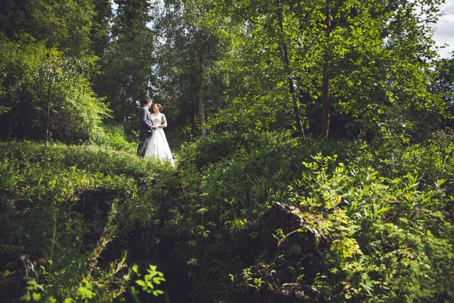 calgary latin wedding photographer reader rock gardens bride groom