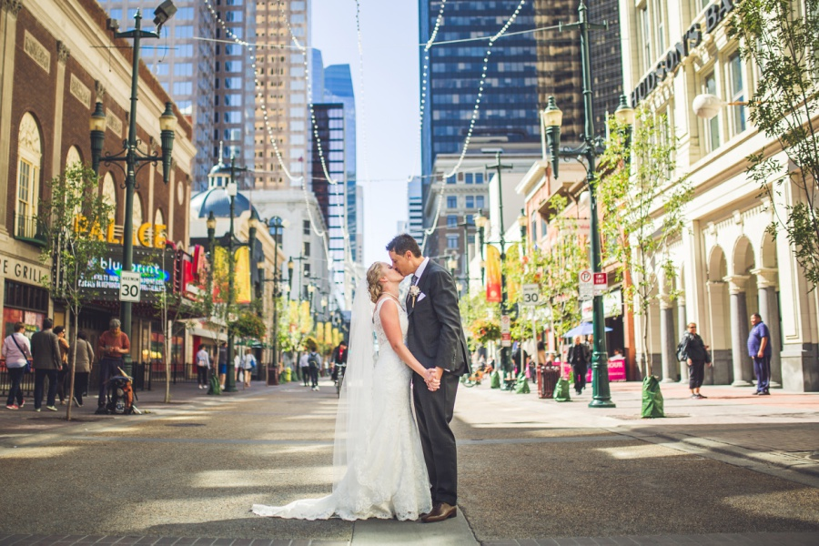 calgary wedding photographer stephen ave kiss downtown urban