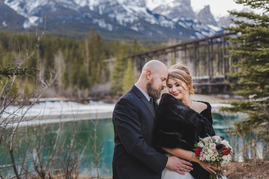 Winter Mountain Canmore Wedding bride with black shawl
