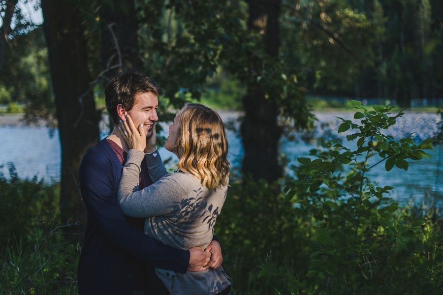 calgary-summer-engagement-photos-12