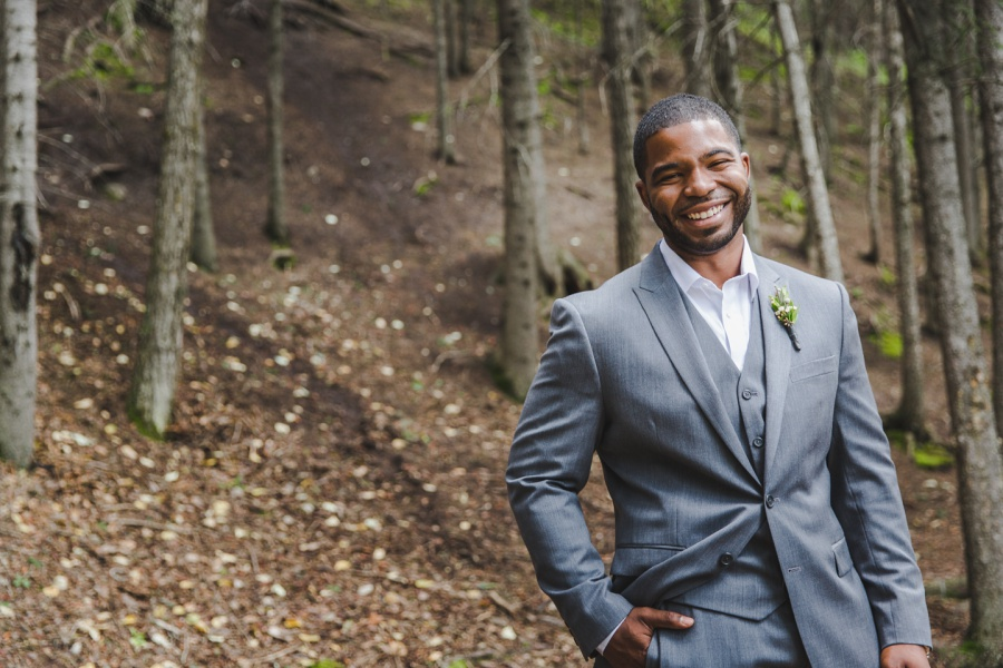 groom grey suit cochrane ranchehouse wedding calgary