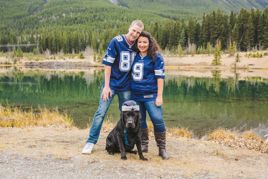quarry lake canmore engagement photos dallas cowboys fans