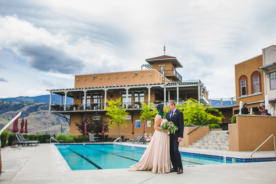 burrowing owl estate winery wedding pool