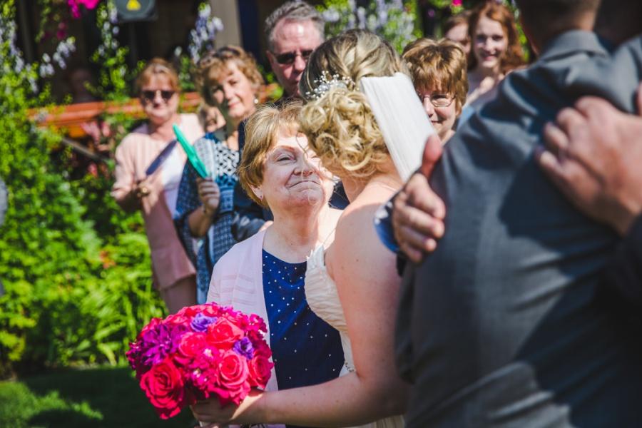 calgary ranche restaurant wedding photographer bride with mom
