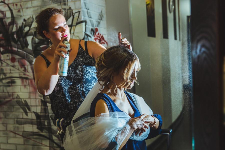 calgary summer wedding bride getting ready hairspray