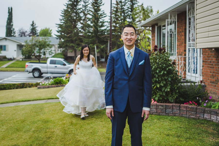 calgary chinese wedding photographers first look