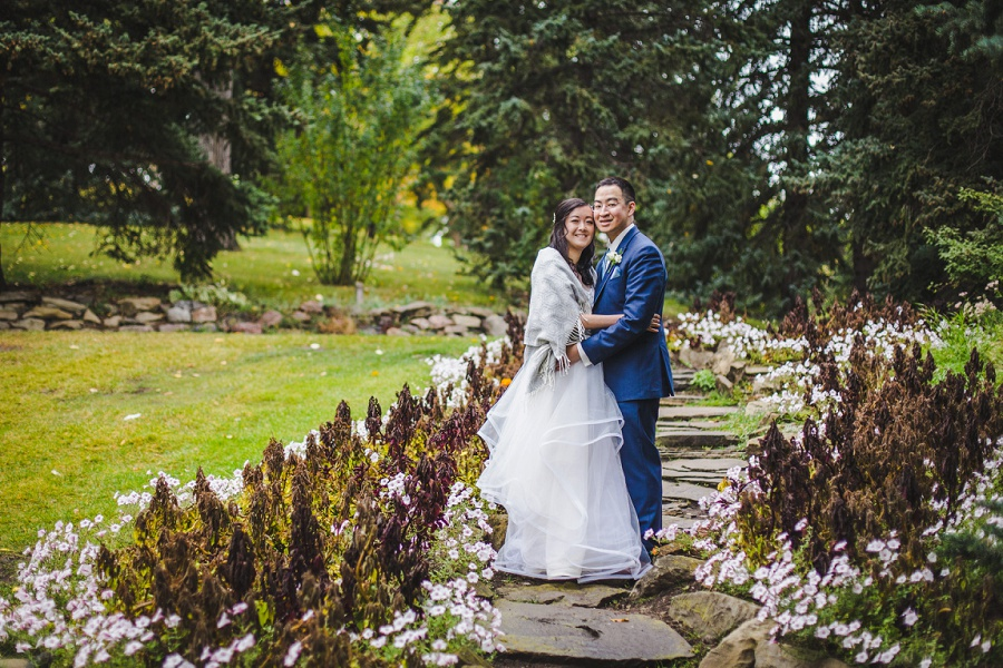 calgary chinese wedding photographers bride groom riley park stone stairs