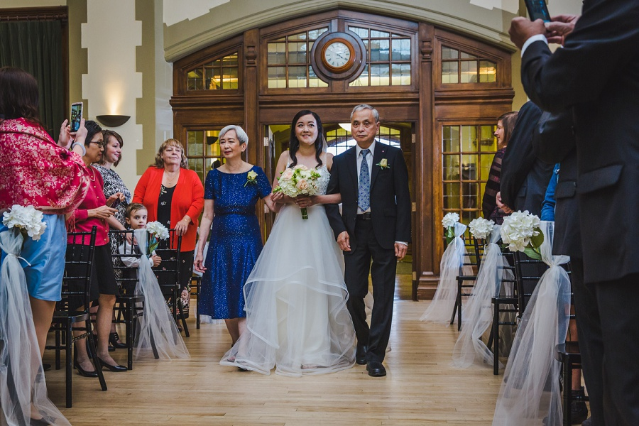 calgary chinese wedding photographers sait heritage hall ceremony